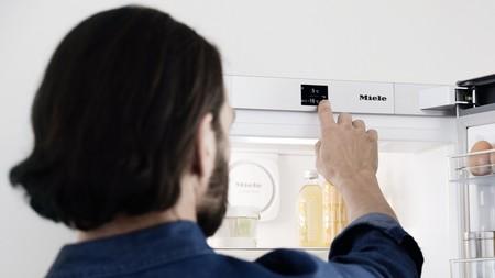 Trucos para reducir la factura de la luz y del agua durante el confinamiento (y de paso, ser más sostenibles en casa)