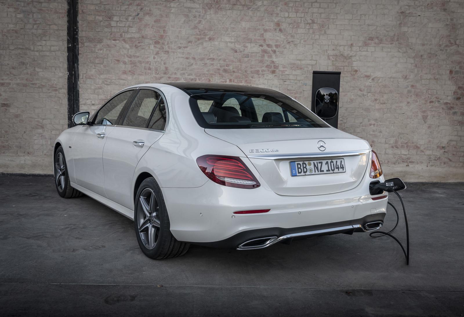 Foto de Mercedes-Benz E 300 de (presentación) (37/47)