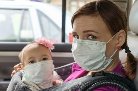 """Una guía para identificar todas las mascarillas que las autoridades recomiendan """"no utilizar"""" porque son un peligro para la Salud"""