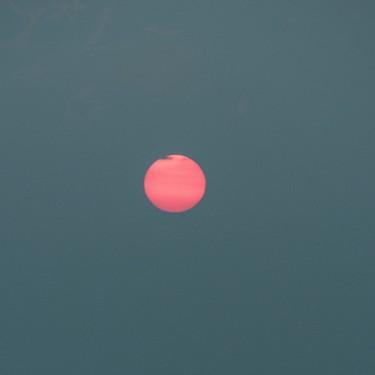 Cómo ver la superluna rosa esta noche desde casa: la más grande y brillante de 2020