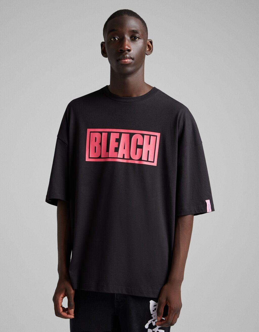 Camiseta manga corta extra loose BLEACH X BERSHKA print