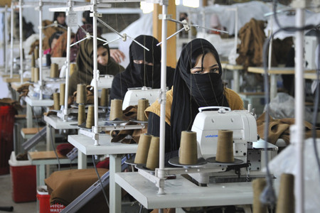 Mujer Trabajando Arabia Saudi