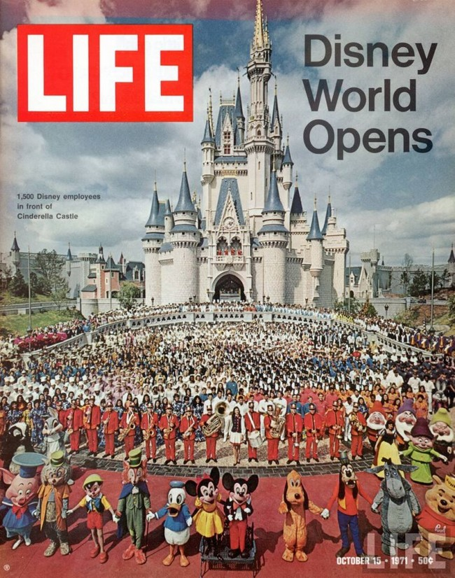 Disney World Opens 806x1024