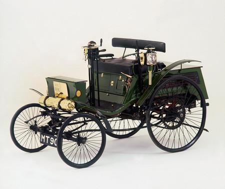 El Concours of Elegance de Londres contará con el primer automóvil en recibir una multa de velocidad... ¡por circular a 13 km/h!