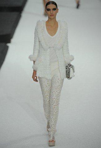 Chanel Primavera-Verano 2011 blanco