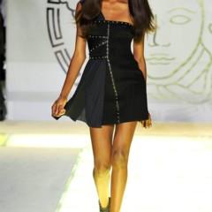 Foto 34 de 44 de la galería versace-primavera-verano-2012 en Trendencias