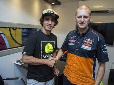 Niccolò Antonelli firma con el Red Bull KTM Ajo para 2017, donde seguirá Bo Bendsneyder