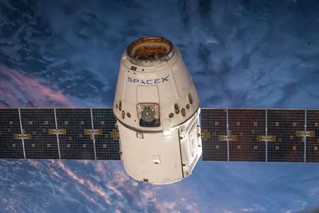 Satellite 693204 1280