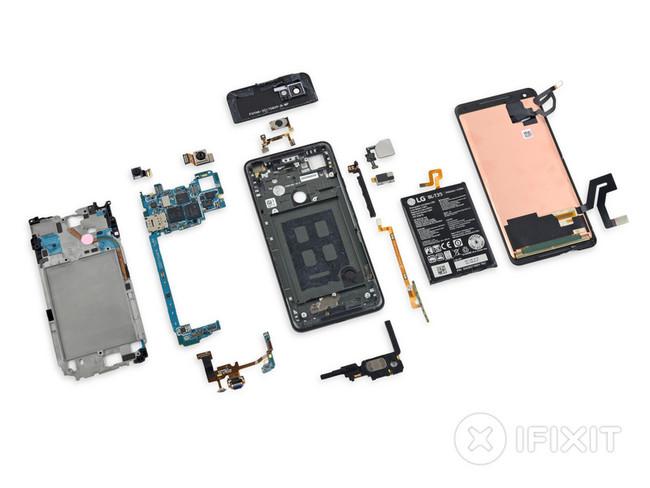 iFixit destripa al Pixel 2 XL para comprobar cómo de fácil es su reparación