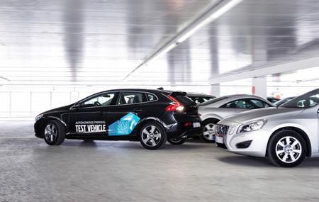 Volvo introducirá en 2014 nuevos sistemas de seguridad y aparcamiento automático