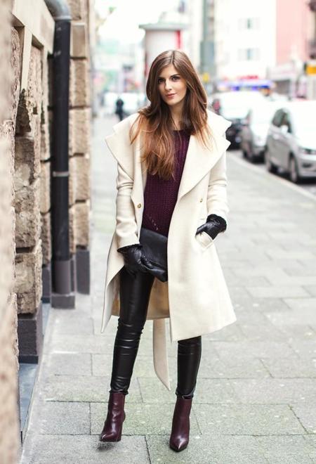 Vila Coats Black Clutches