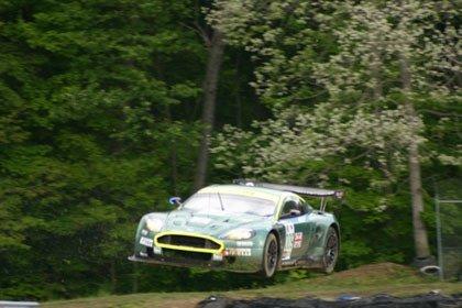 Aston Martin DBR9 volador