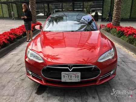 Tesla Model S Mexico 5