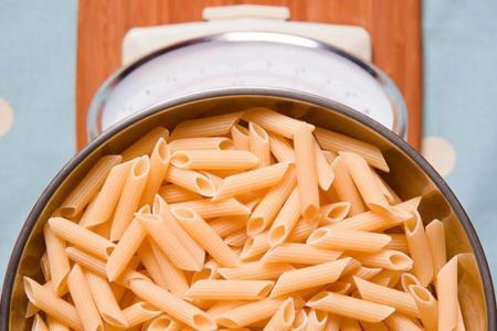 Recalentar la pasta ¿menos calorías?