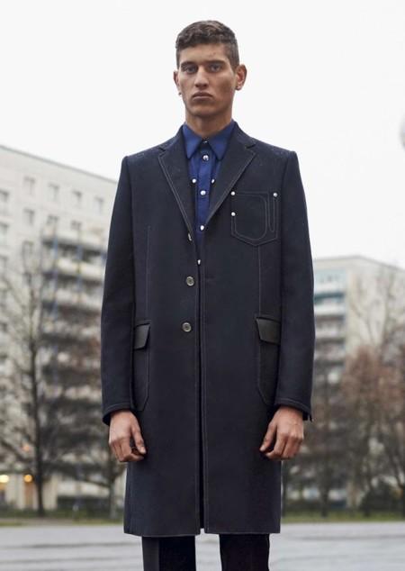 El abrigo crombie: esa prenda en la que debes invertir previo al otoño