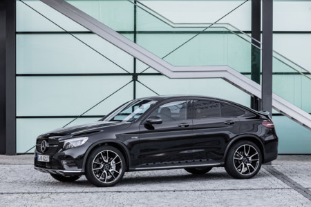 Así es el Mercedes-AMG GLC 43 4MATIC Coupé, el más dinámico de la familia