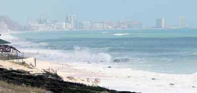 Macrofiesta en la playa de Cancún, ¿te apuntas?