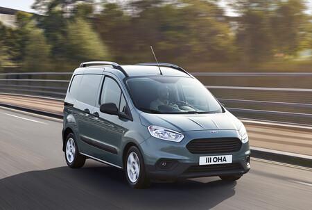 La Ford Transit Courier ya tiene precio en México: la van más pequeña de Ford llega con motor turbo