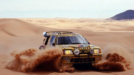 Peugeot apunta a un retorno al Dakar y los raids en 2015
