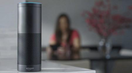 Amazon prepara una versión mini de Echo y conquistar un terreno al que otros asistentes no llegan