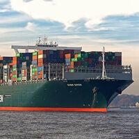 La madre de todos los atascos: un buque gigante atravesado en el canal de Suez está bloqueando el 10 % del tráfico marítimo mundial