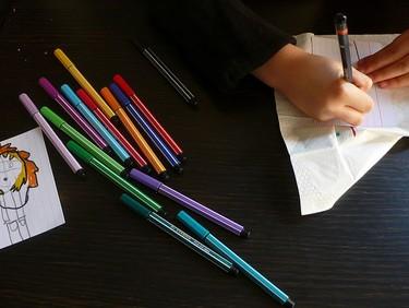 Cómo conseguir que los niños pierdan el interés por dibujar en cinco pasos (I)