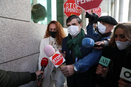 """Rocío Carrasco sale del juzgado por la última demanda de Antonio David Flores: """"Pensaba que venía por la fianza de 60.000 euros que debe todavía"""""""