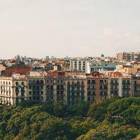 Barcelona ya puede imponer límites al precio del alquiler. Así ha funcionado en Europa