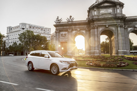 Es oficial: Mitsubishi se va de Europa tras decidir que no va a actualizar sus coches
