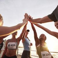 ¿Correr solo o en grupo? Esto es lo que puedes encontrar en un grupo de corredores