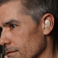 Se filtran las fotos de unos posibles nuevos auriculares de Samsung al estilo Galaxy Buds+ pero aún más compactos