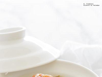 Pollo al estilo mediterráneo con aceitunas y alcaparras. Receta
