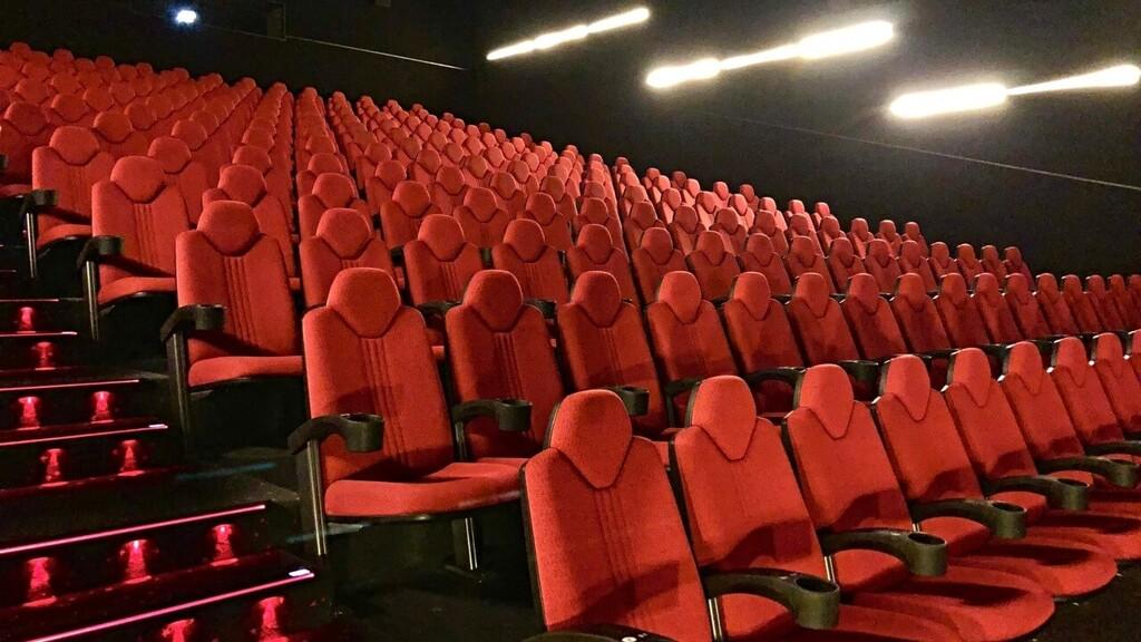 Los cines españoles cierran un 2020 desastroso: los ingresos en taquilla caen un 72%, casi 450 millones de euros menos que el año anterior