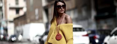 Jacquemus marca la tendencia del momento: los bolsos se llevan colgados del cuello