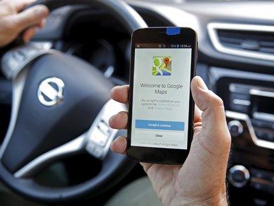 Google Maps por fin trae su killer app: recordatorio (bien hecho) de donde aparcamos el coche