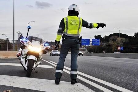Guardia civil parando