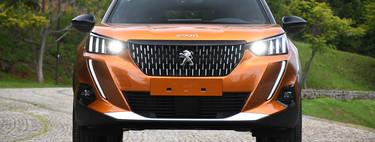 Peugeot 2008 2021, al volante del B-SUV que deja desabridos a sus rivales