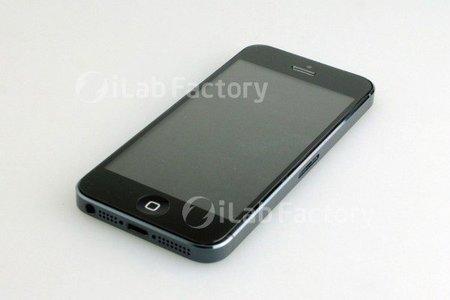 Nuevas imágenes del supuesto iPhone 5 ensamblado