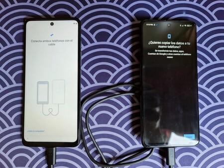 Motorola permite transferir por cable copias de seguridad entre teléfonos: los Moto g reciben la función exclusiva de los Pixel