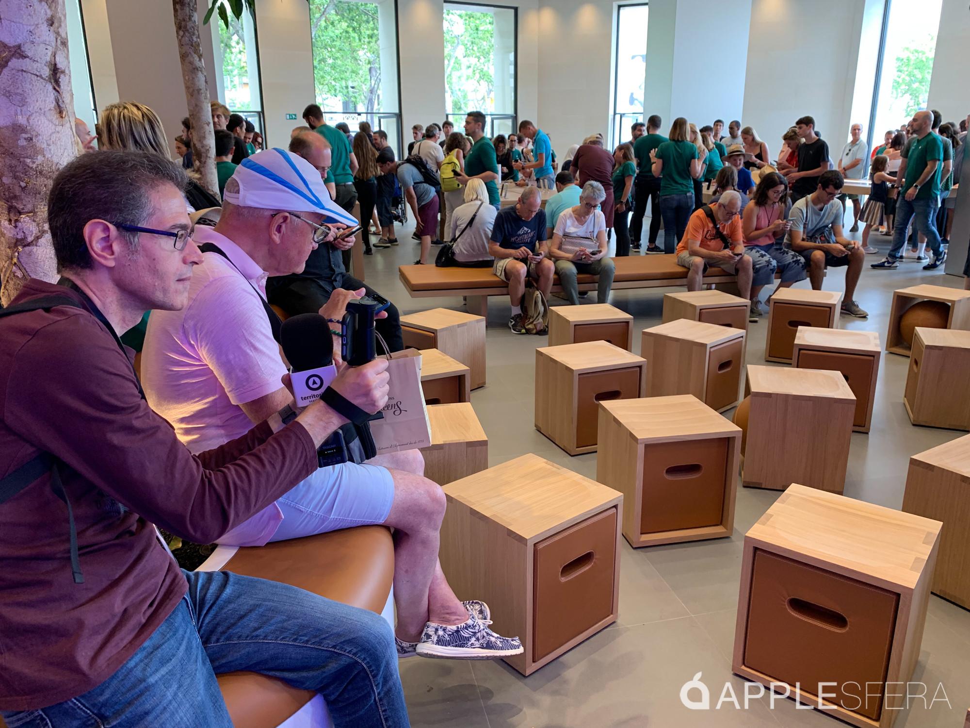Foto de Apple Store Passeig de Gràcia (14/28)