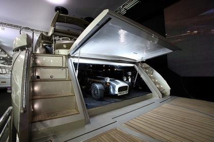 Sunseeker Predator 108 con garaje