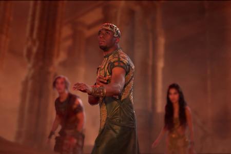 Chadwick Boseman En Dioses De Egipto