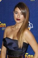 Premios Neox 2013: Blanca Suárez vuelve a brillar con luz propia