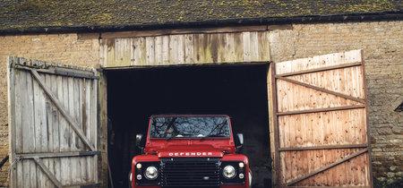 El último defensor de la tierra. Con motor V8 y 405 hp, el Land Rover Defender Works nos llena de nostalgia