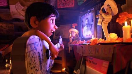 Chabelo y Alex Lora entre los invitados especiales para el doblaje de Coco en América Latina