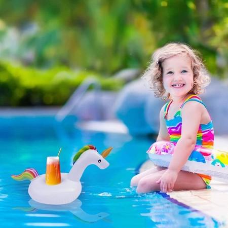 Posavasos flotante para piscina