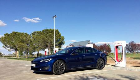 Centro de servicio Tesla Barcelona Supercargador