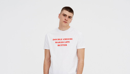 La camiseta que necesitas si eres amante del queso está en Pull&Bear por 7,99 euros