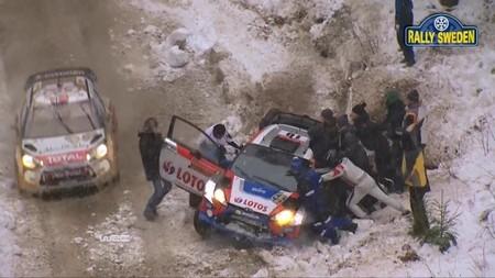 Robert Kubica recibe la reprimenda de los comisarios tras el Rally de Suecia