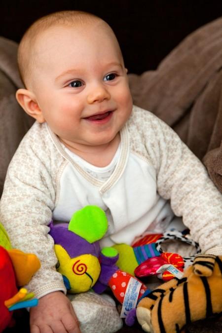 Cómo hacer que tu bebé participe de la vida en familia desde el principio
